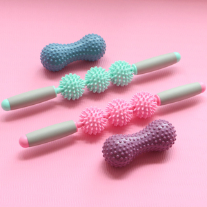 2019 Hot sale Wholesale Hedgehog ball relax Yoga stick spiky ball muscle massage roller stick